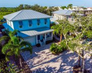 528 S Peninsula Avenue, New Smyrna Beach image