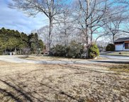 46 Laurelwood  Drive, East Lyme image