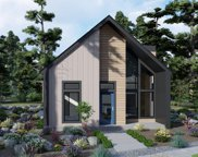 140 W Clearpine  Drive, Sisters image