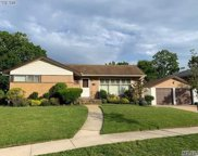 1504 Dieman Ln, East Meadow image