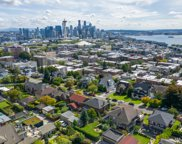334 W Kinnear Place, Seattle image