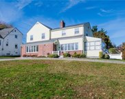 8 Andrew  Road, Eastchester image