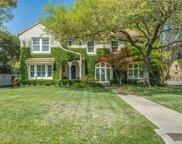 6657 Lakewood Boulevard, Dallas image
