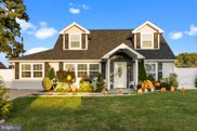 48 Canyon Rd, Levittown image