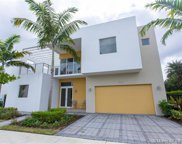 10130 Nw 74th Ter, Doral image