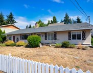 956 Isabell  Ave, Langford image