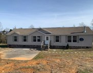 276 Hill Crest Drive, Tazewell image