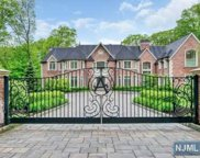51 Fox Hedge Road, Saddle River image