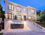 10538 Strathmore Drive, Los Angeles image