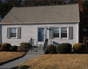 46 Wedgewood  Drive, Manchester image