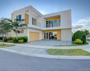 7484 Nw 99th Pl, Doral image