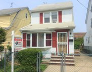 164-39 76th Ave, Fresh Meadows image