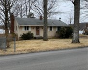 31 Lakeview  Drive, Ashford image