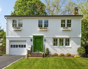 24 Valley Ave, Locust Valley image