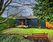 2627 30th Ave W, Seattle image