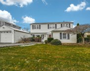 1426 Olcott St, Wantagh image