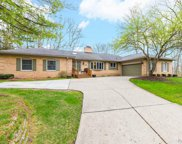 3253 Cairncross Dr, Oakland Twp image