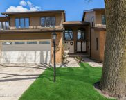 1409 N Picadilly Circle, Mount Prospect image
