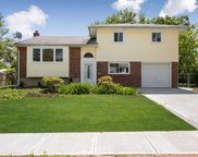 3 Walter Ln, Old Bethpage image