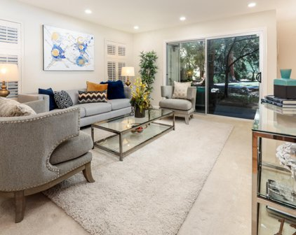 505 Cypress Point Dr 170, Mountain View