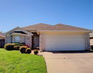 6240 Stockton Drive, Fort Worth image