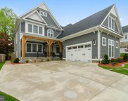 6614 Ivy Hill   Drive, Mclean image