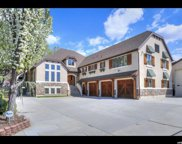 1592 E Chapel Oaks Cir, Cottonwood Heights image