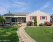 21906 HICKORYWOOD, Dearborn Heights image