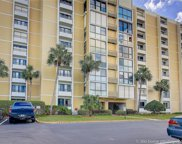 855 Bayway Boulevard Unit 303, Clearwater image