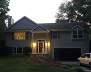 2610 GREENLAWN, Commerce Twp image
