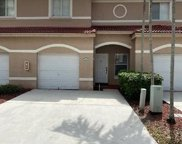 7920 S Southwood Cir Unit 7920, Davie image