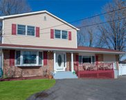 28 Cold Spring Dr, Sound Beach image