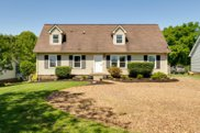 137 Riverwood Dr, Hendersonville image