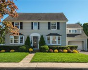 4 Colonial  Court, New Canaan image