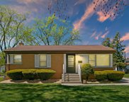 564 Pinehurst Drive, Des Plaines image