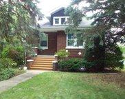 279 N Geneva Avenue, Elmhurst image