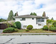 1553 Sutherland Avenue, North Vancouver image