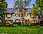 460 LAKELAND, Grosse Pointe image