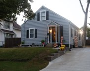 98 Rollins St, Springfield image
