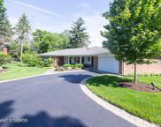 820 Queens Lane, Glenview image