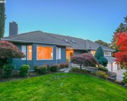 6404 NW DOGWOOD  DR, Vancouver image