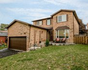 251 Osmond Cres, Newmarket image