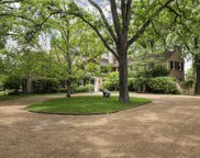 644 Pine Lane, Winnetka image