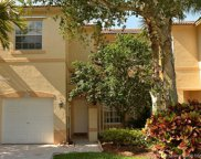 729 Nw 170th Ter, Pembroke Pines image