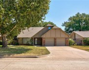 208 Three Oaks Drive, Midwest City image