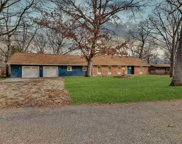10118  Hickory, Tremont image