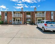 7 Meadowridge Condos, Columbia image