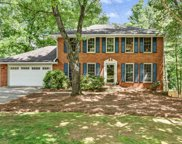 9855 Lake Forest Way, Roswell image
