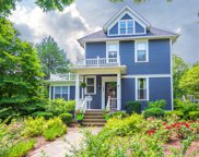 304 East Chicago Avenue, Hinsdale image