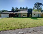 12215 Oak Tree Place SW, Lakewood image